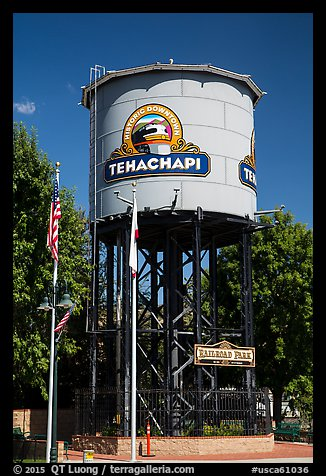 Water Tower, Tehachapi. California, USA (color)