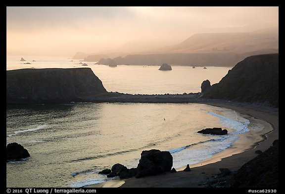 Sonoma Coast State Park, sunset. Sonoma Coast, California, USA (color)
