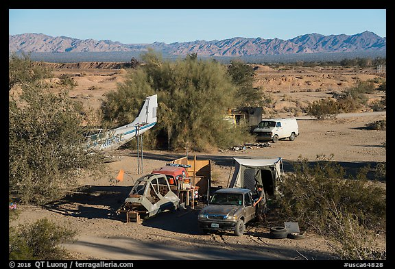 Camps, Slab City. Nyland, California, USA (color)