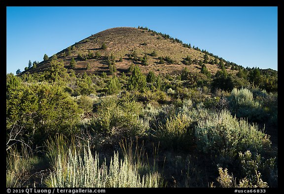 Schonchin Butte. Lava Beds National Monument, California, USA (color)