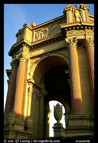 Rotunda of the Palace of Fine arts, late afternoon. San Francisco, California, USA (color)