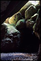 Boulders in Bear Gulch Caves. Pinnacles National Park, California, USA.
