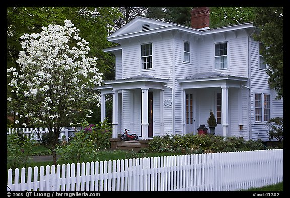 White Picket Fence And House Es Connecticut Usa