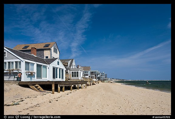Beach, Provincetown. Cape Cod, Massachussets, USA (color)