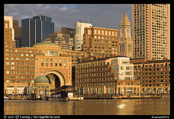Rowes Wharf. Boston, Massachussets, USA (color)