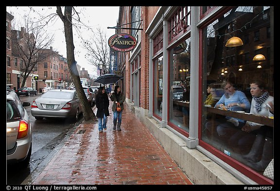 Charles Street on rainy day, Beacon Hill. Boston, Massachussets, USA (color)