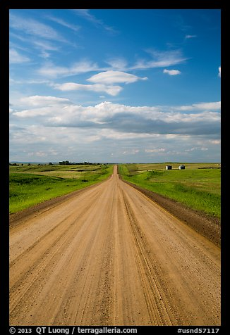 Gravel road. North Dakota, USA (color)