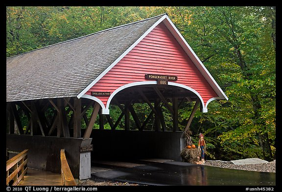 Covered bridge, Franconia Notch State Park. New Hampshire, USA (color)