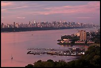 Hudson River, Fort Lee, and Manhattan. NYC, New York, USA ( color)