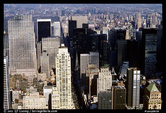Upper Manhattan, Looking north from the Empire State building. NYC, New York, USA (color)