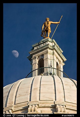 Moon, Dome and gold-covered bronze statue of Independent Man. Providence, Rhode Island, USA (color)
