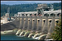 Bonneville Dam. Columbia River Gorge, Oregon, USA (color)