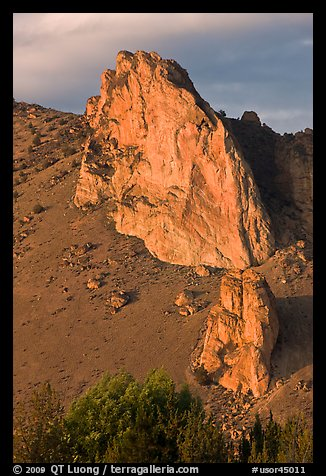 Ryolite outcrop at sunset. Smith Rock State Park, Oregon, USA (color)