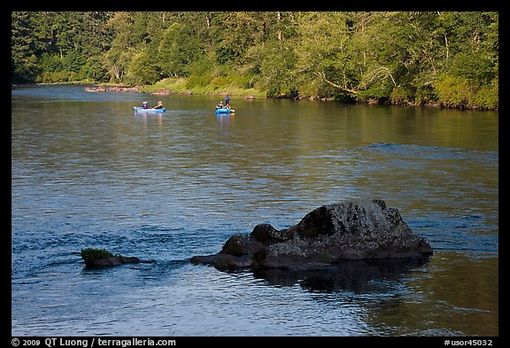 McKenzie river and rafters, Ben and Kay Doris Park. Oregon, USA (color)
