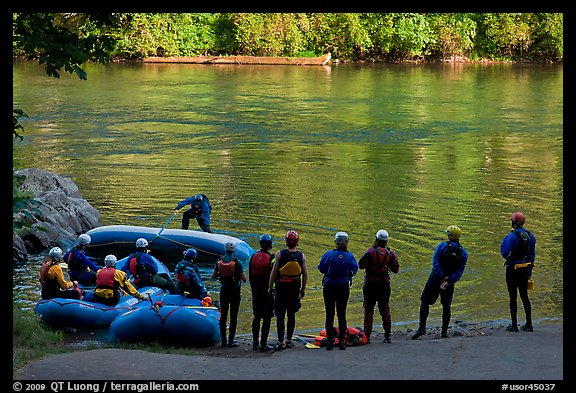 Rafting instruction, Ben and Kay Doris Park. Oregon, USA (color)