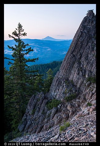 Mt McLoughlin and ridge from Pilot Rock at dusk. Cascade Siskiyou National Monument, Oregon, USA (color)