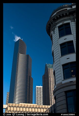Skyscrapper and vintage buiding. Seattle, Washington (color)