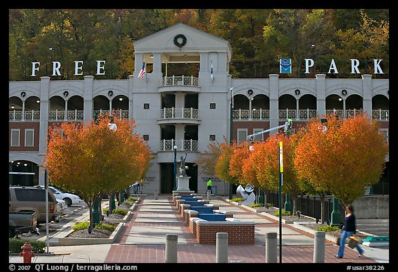 Parking structure and fall colors. Hot Springs, Arkansas, USA (color)