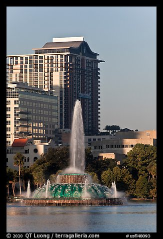 Fountain, Lake Eola, Sumerlin Park. Orlando, Florida, USA (color)