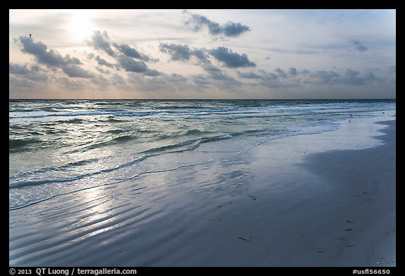 Late afternoon, Fort De Soto beach. Florida, USA (color)