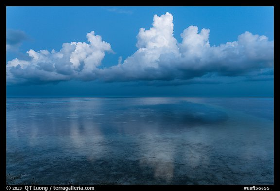 Clouds and Atlantic Ocean at dusk, Little Duck Key. The Keys, Florida, USA (color)