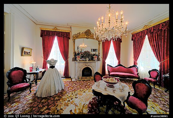 Living room in Rosalie house. Natchez, Mississippi, USA (color)