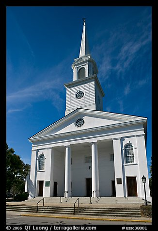 Baptist Church. Beaufort, South Carolina, USA (color)
