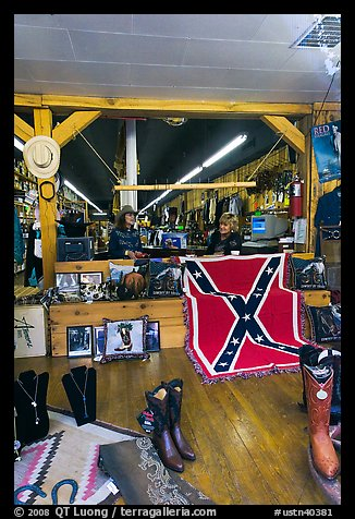 Boots and confederate flag in store. Nashville, Tennessee, USA (color)