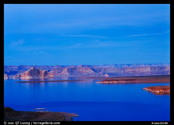 Lake Powell, blue hour. USA (color)