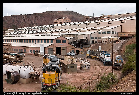 Morenci concentrator building. Arizona, USA (color)