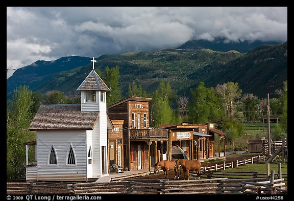 Western-style buildings and horses, Ridgeway. Colorado, USA (color)