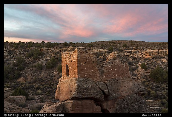 Stronghold House, sunrise. Hovenweep National Monument, Colorado, USA (color)