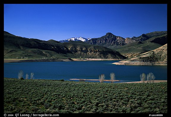 Sapinero Basin, Curecanti National Recreation Area. Colorado, USA (color)