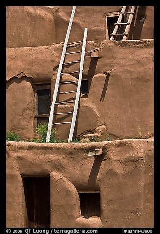 Communal houses of adobe. Taos, New Mexico, USA (color)