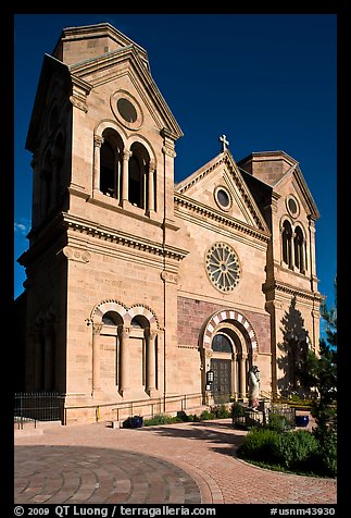 Cathedral Basilica of St Francis de Assisi. Santa Fe, New Mexico, USA (color)