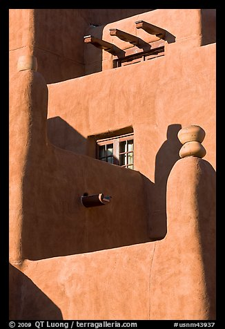 Detail of pueblo style of architecture, Loreto Inn. Santa Fe, New Mexico, USA (color)