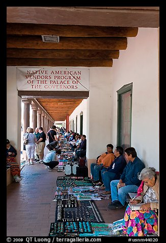 Native americans selling arts and crafts. Santa Fe, New Mexico, USA (color)