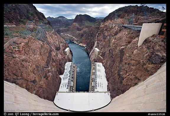 Dam, power plant and Black Canyon. Hoover Dam, Nevada and Arizona (color)