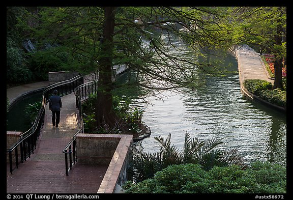 Riverwalk. San Antonio, Texas, USA (color)