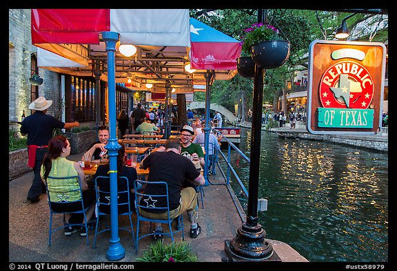 Republic Of Texas Restaurant On Riverwalk San Antonio Usa