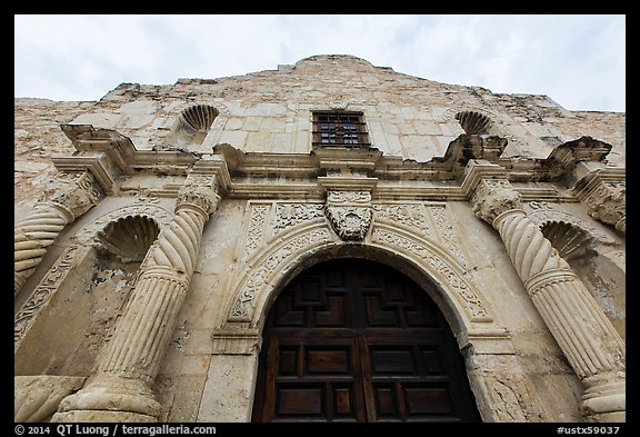Looking up facade of the Alamo. San Antonio, Texas, USA (color)