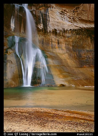 Lower Calf Creek Falls and pool. Grand Staircase Escalante National Monument, Utah, USA