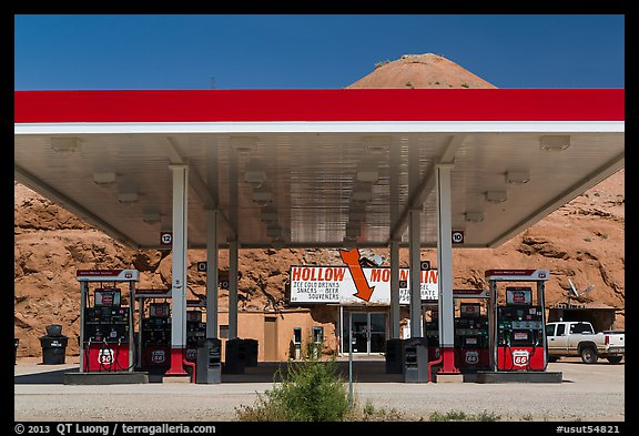 Hollow Mountain gas station, Hanksville. Utah, USA (color)