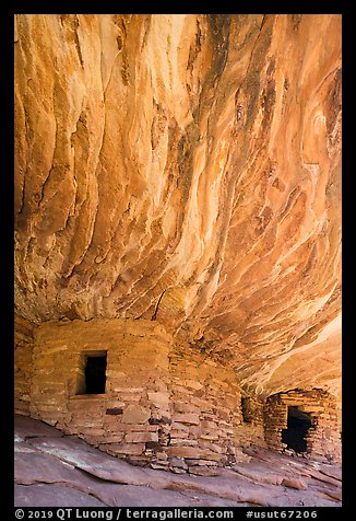 Flame Ceiling Ruin. Bears Ears National Monument, Utah, USA (color)