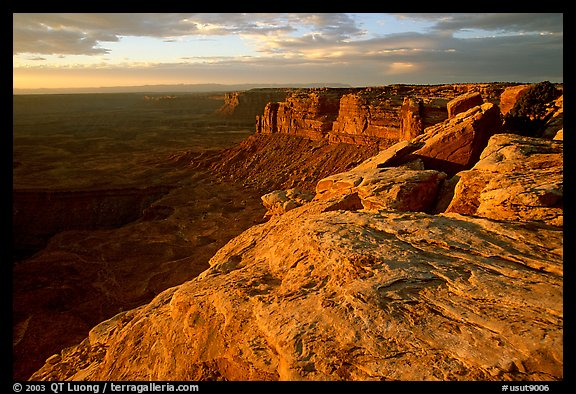 Cliffs near Muley Point, sunset. Bears Ears National Monument, Utah, USA (color)