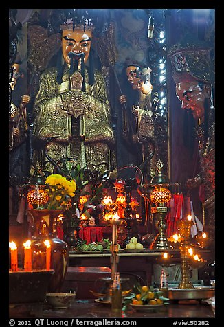 Taoist Jade Emperor (King of Heaven), Phuoc Hai Tu pagoda, district 3. Ho Chi Minh City, Vietnam (color)