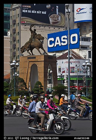 Le Loi statue on traffic circle. Ho Chi Minh City, Vietnam (color)