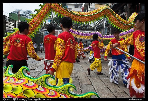 Dragon dancers, Thien Hau Pagoda. Cholon, District 5, Ho Chi Minh City, Vietnam (color)
