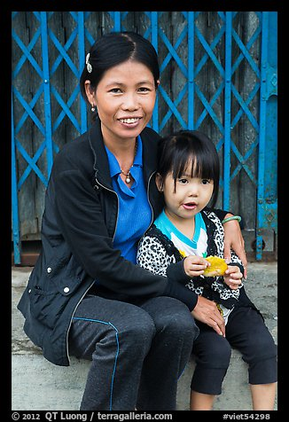 Girl and mother, Thanh Toan. Hue, Vietnam (color)