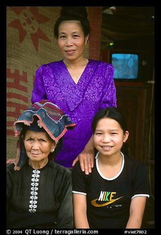 Three generations of thai women, near Son La. Northwest Vietnam (color)